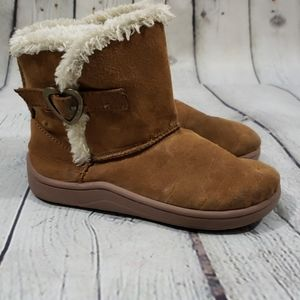 3/10 FADED GLORY TAN & WHITE FAUX FUR ANKLE BOOTS